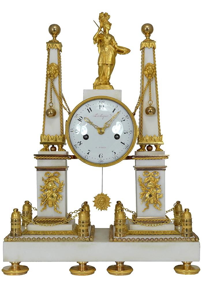 pendule obelisque (1)